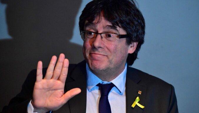 Экс-глава Каталонии Карлес Пучдемон добровольно сдался властям Бельгии