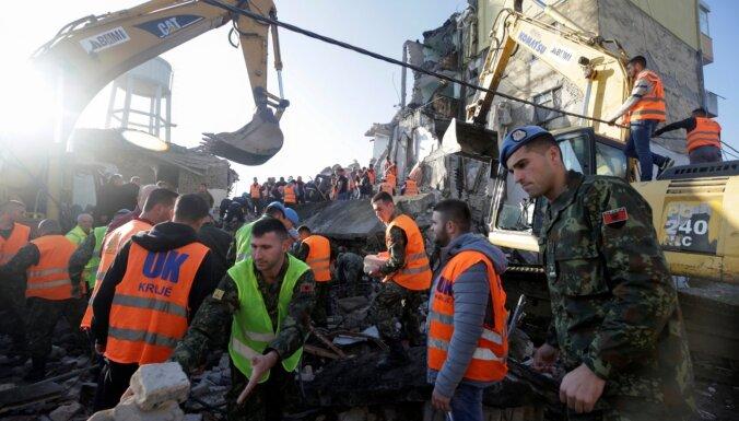Albānijā pēdējās desmitgadēs stiprākajā zemestrīcē vismaz 22 bojāgājušie