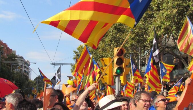 Парадниекс: в СМИ пишут, что Латвия получила испанских солдат за обещание молчать насчет Каталонии