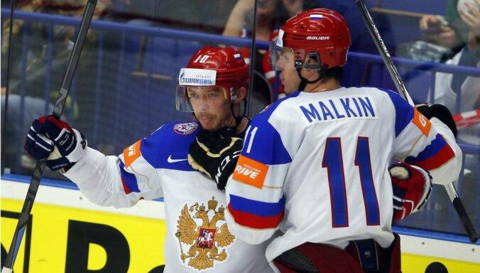 ВИДЕО: Россия на классе переиграла датчан, Малкин набрал первые очки
