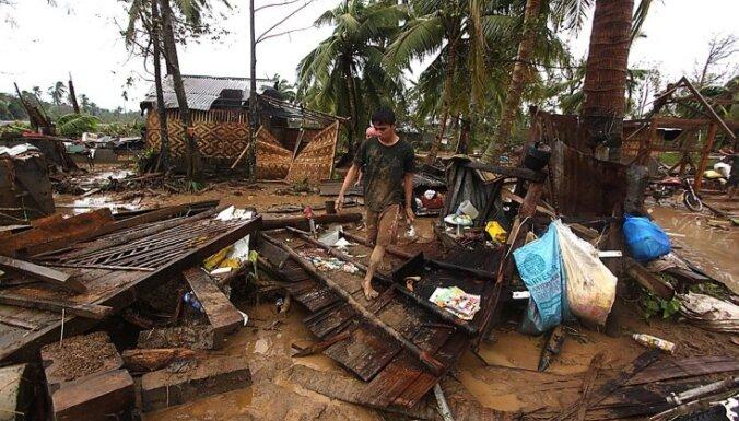 Taifūna upuru skaits Filipīnās pārsniedz 200