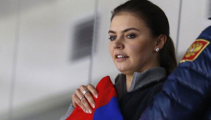 Кабаева написала письмо в федерацию гимнастики о судейской ошибке в Токио