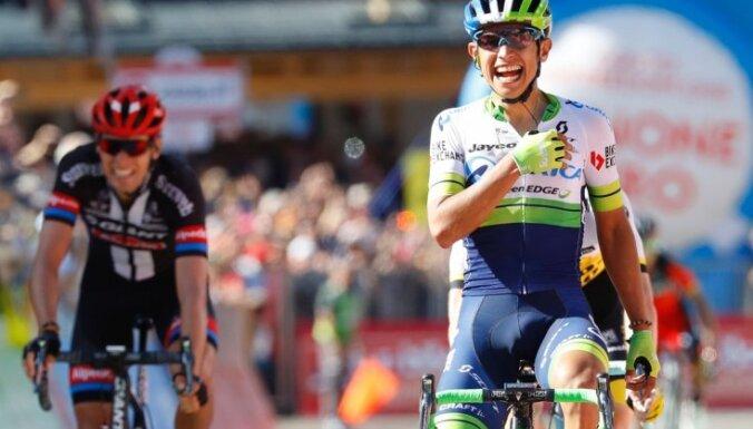 Čavess uzvar 'Giro d'Italia' smagākajā posmā; kopvērtējuma līderpozīciju pārņem Krēšvēks