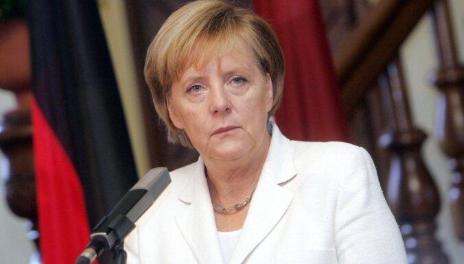 Merkele: centieni izveidot Vācijā multikulturālu sabiedrību cietuši neveiksmi