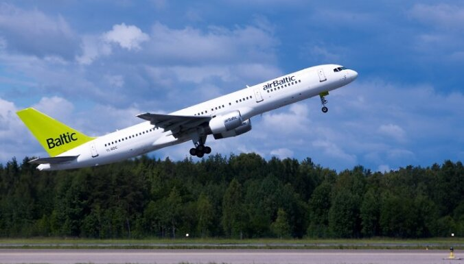 'airBaltic' lidmašīnai atkal problēmas ar spiedienu salonā; lidsabiedrība noliedz (plkst.22:25)