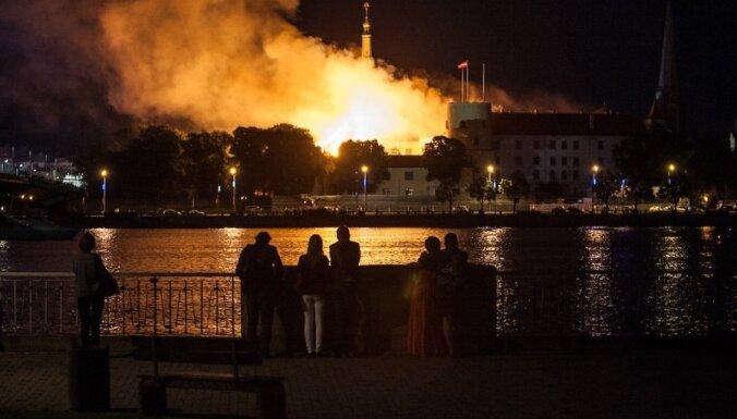 Литовские эксперты нашли причины пожара в Рижском замке
