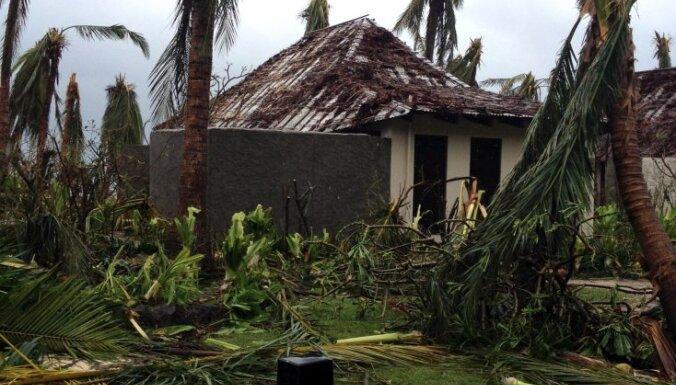 Spēcīgs ciklons Fidži paņem sešu cilvēku dzīvības