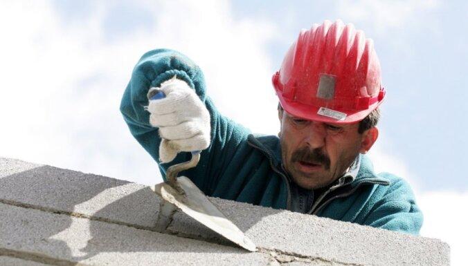 Секреты профессии строителя: молдаване с няньками, стреляющие кирпичи, тухлые яйца под полом