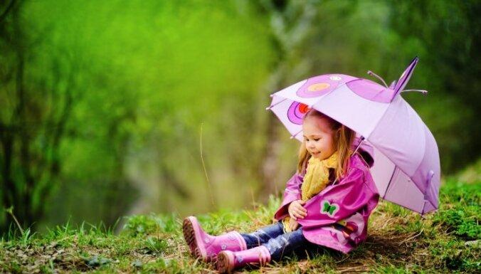 Svētdien vietām Latvijā īslaicīgi līs