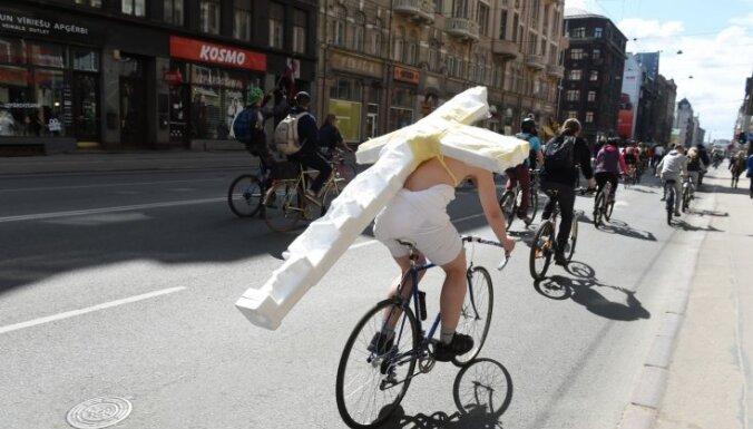 Rīgas dome iesaistīsies starptautiskā velosipēdu politikas projektā