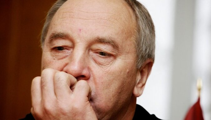 Uģis Gruntmanis: Kas ir iespējamais prezidenta kandidāts Andris Bērziņš?