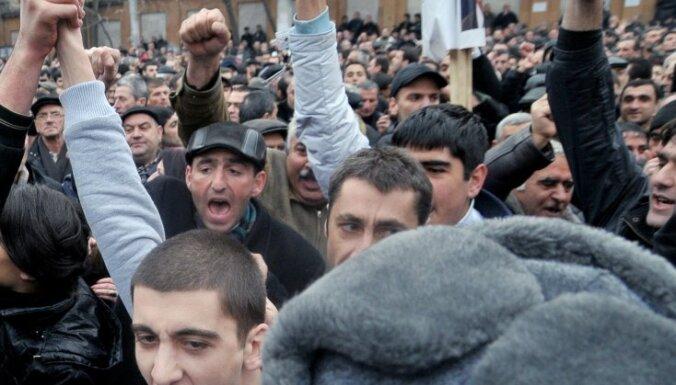 Беспорядки в Ереване: задержаны 37 человек