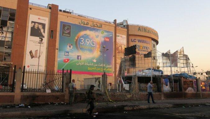 Sprādzienā pie lielveikala Bagdādē nogalināti 40 cilvēki