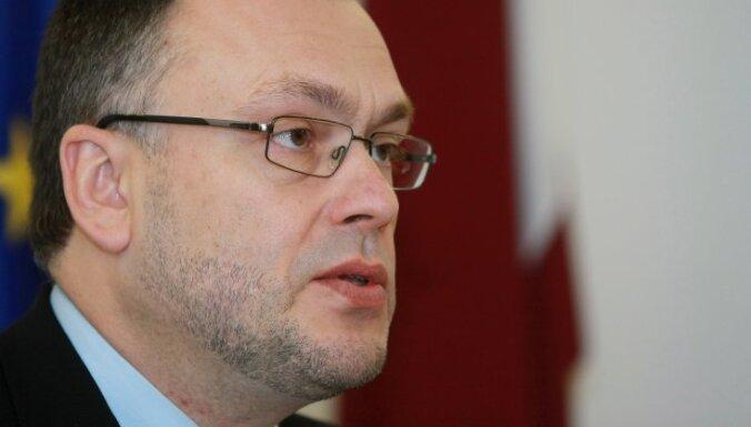 Cimdars: pēc ST lēmuma lielu risku 'valodas referenduma' norisei vairs nav