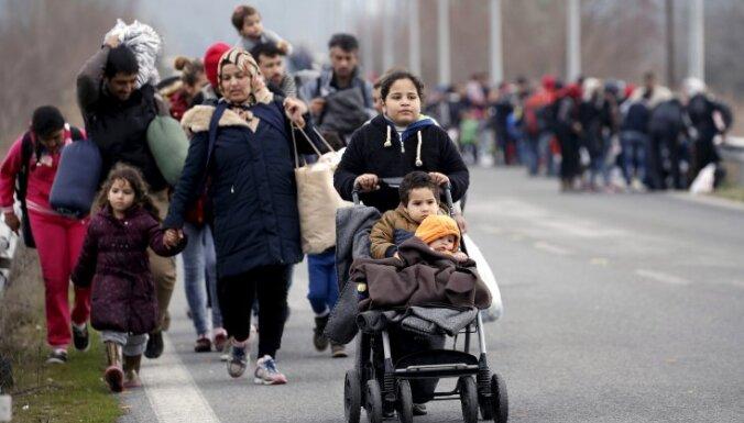 Uz 'Balkānu ceļa' ANO veidos 20 centrus bēgļu aizsardzībai