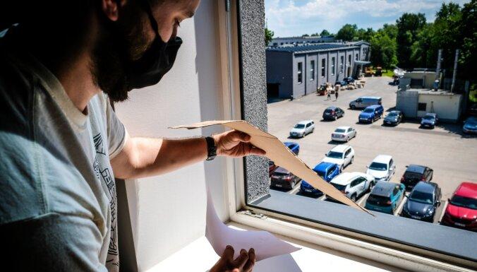 'Campus' improvizē: Saules aptumsuma vērošana ar 'Makgaivera' metodēm