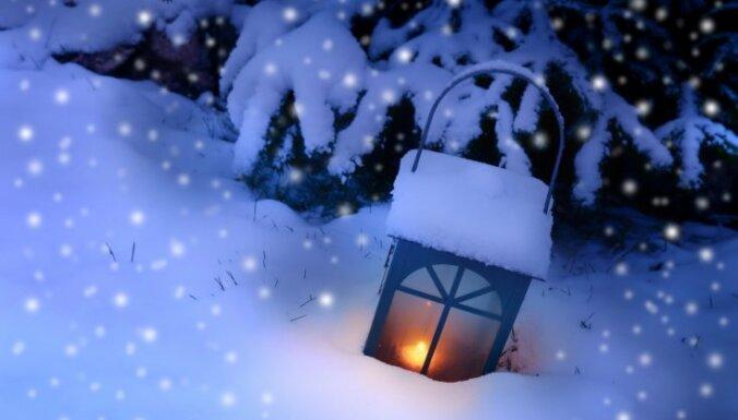 Ziemassvētku naktī Latgalē un daudzviet Vidzemē izveidojusies neliela sniega sega