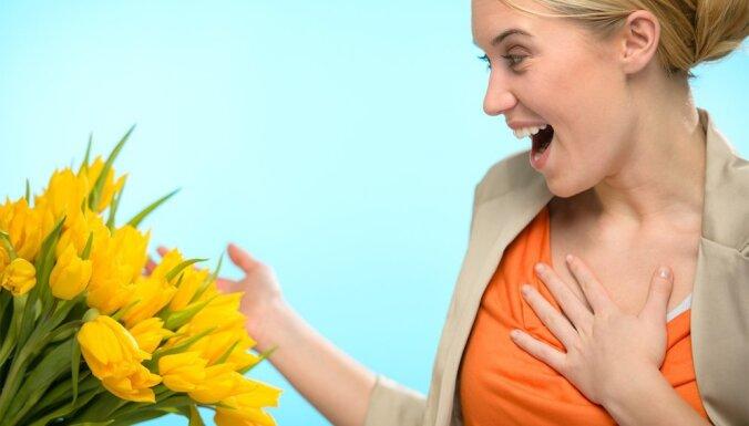 Pārsteigums ar pievienoto vērtību – ziedošs sveiciens ar piegādi