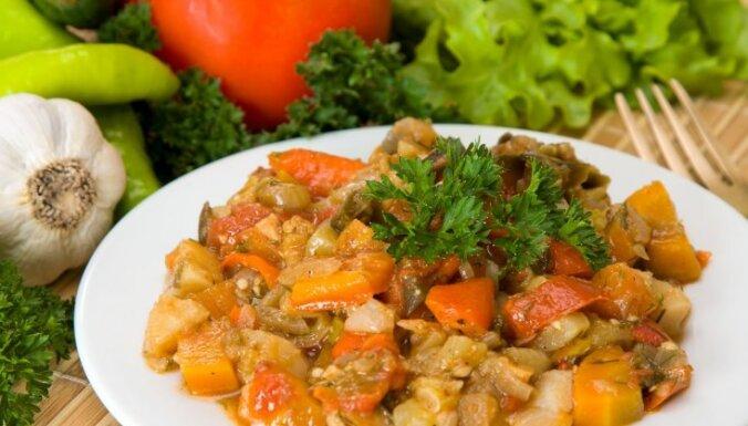Ķirbju - dārzeņu sautējums