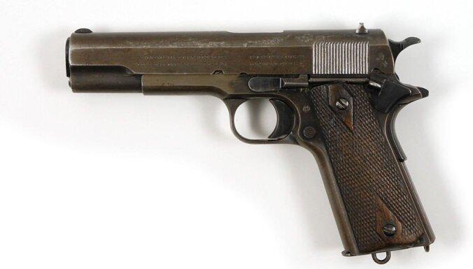 Легендарную компанию Colt купят чешские оружейники. Как так вышло?