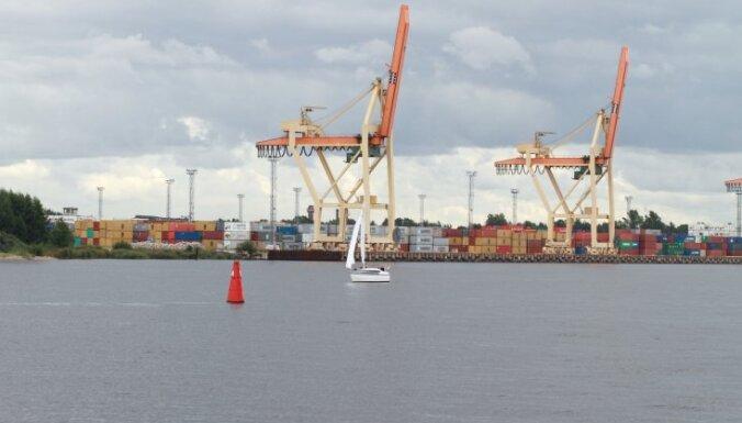 Latvijas ostās 11 mēnešos pārkrauti par 5,9% vairāk kravu