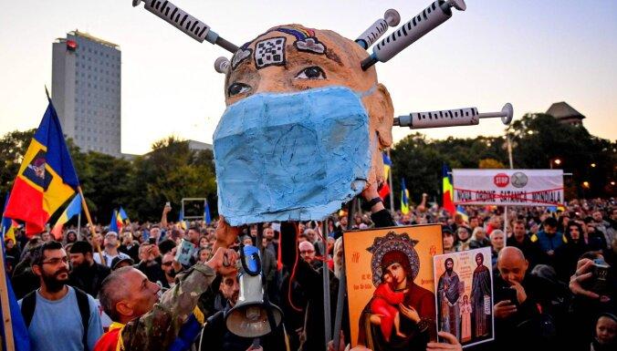 Covid-19: Arī citviet Austrumeiropā valdības 'zaudējušas vasaru'