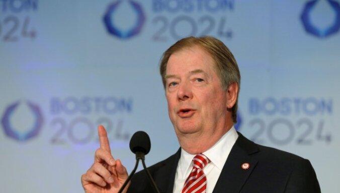 No amata atkāpjas ASV Olimpiskās komitejas prezidents