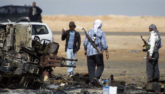 Возле Триполи вспыхнули бои между повстанцами