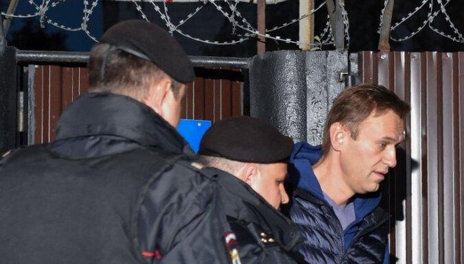Навальный отбыл 20 суток административного ареста и вышел на свободу