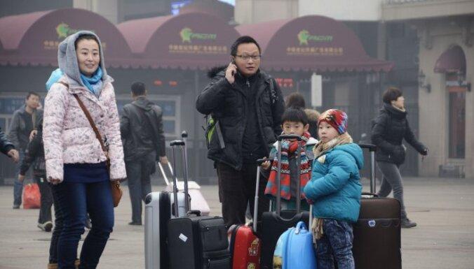 Китайцы массово разводятся из-за нового налога