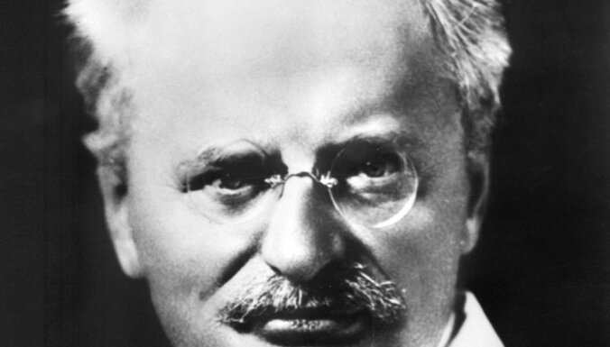 СМИ: Британские агенты пытались убить Ленина, но помешала секретарша Троцкого