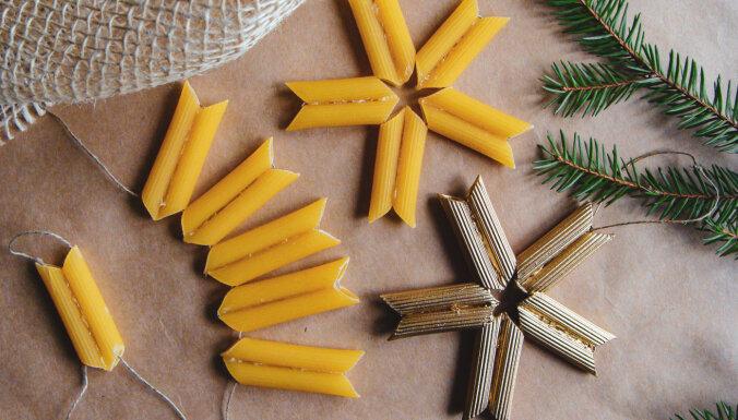 5 eglītes rotājumi, ko var uztaisīt no makaroniem