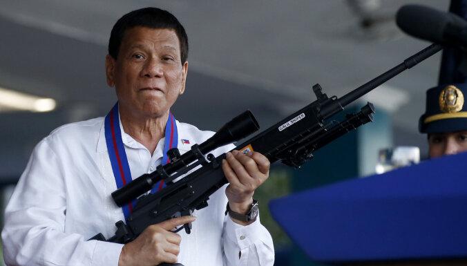 Президент Филиппин разрешил стрелять в чиновников-коррупционеров