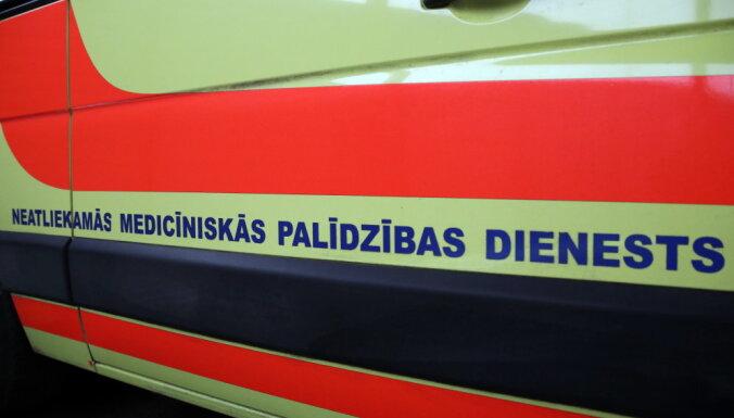 Еще до трагического пожара в незаконном хостеле на ул. Меркеля во вторник умер человек