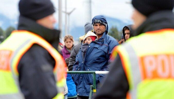 Латвия выступает за добровольный прием беженцев странами ЕС