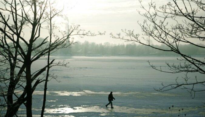 Толщина льда в Лиелупе — 40 см, в Даугаве — 46 см
