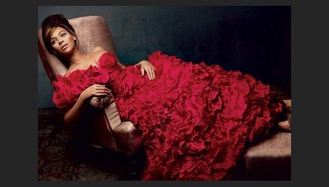 Прощаемся с великим Оскаром де ла Рента: его лучшие платья и лучшие женщины мира, их носившие
