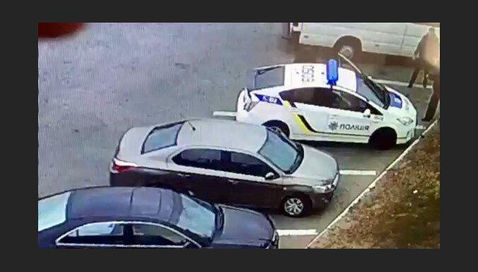 В Днепре нарушивший ПДД мужчина убил двух полицейских; преступник задержан