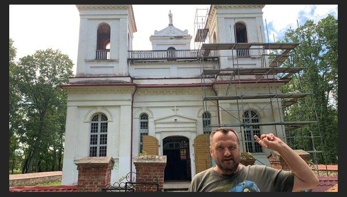 Renārs Kaupers, Kaspars Zemītis un citi mūziķi aicina atjaunot Kurmenes baznīcu
