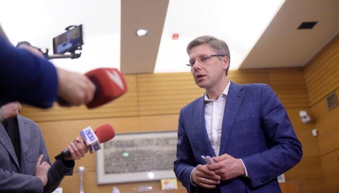 Ušakovam 'Rīgas satiksmes' iepirkumu lietā nav piemērots statuss