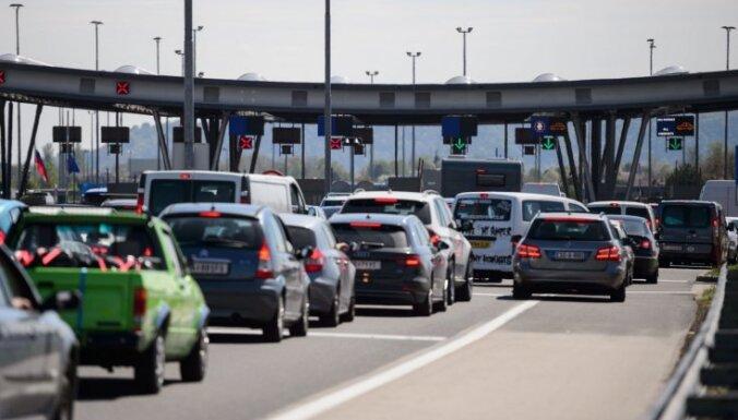 Slovēnija aptur pastiprinātās pārbaudes uz Šengenas ārējās robežas