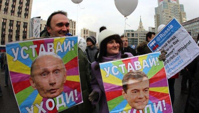 Preses sekretārs: Putinu joprojām atbalsta Krievijas iedzīvotāju vairākums