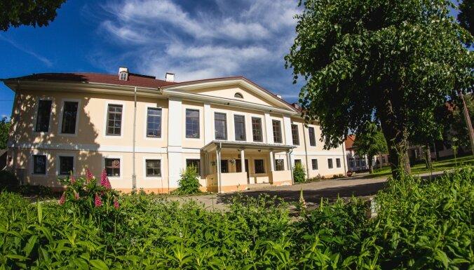 10 muižas, ko apmeklēt Jelgavas novadā