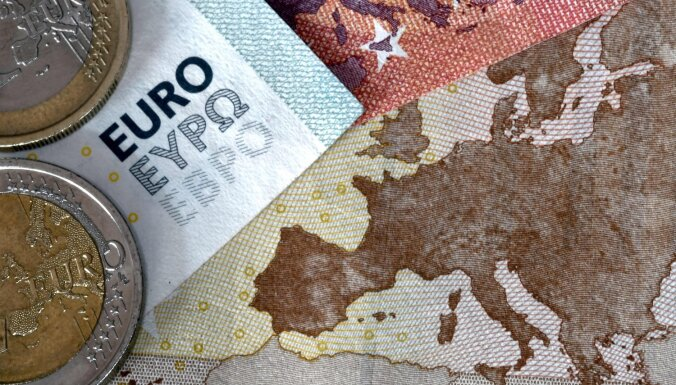 'SEB banka': Globālā ekonomika izaicinājumu labirintā