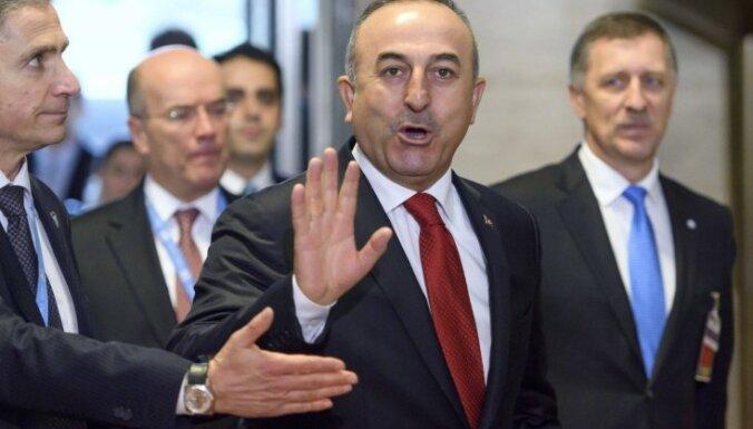 Турция пригрозила США в случае приостановки продаж вооружения