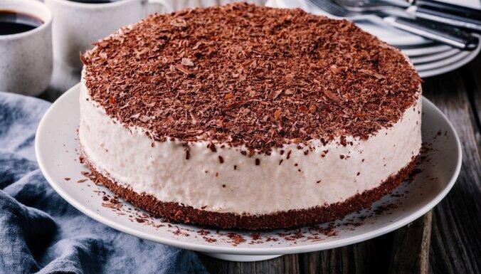Īru krēma liķiera 'Baileys' siera kūka bez cepšanas