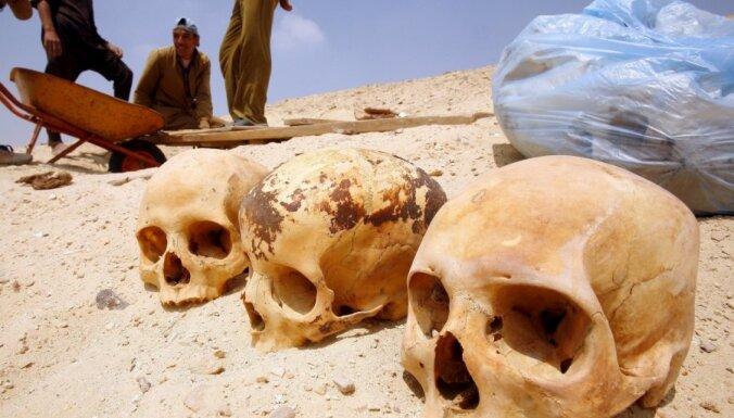 Laikraksts: Latvijā ir aptuveni 2000 'melno arheologu'