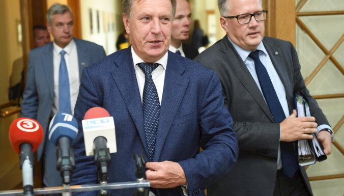 """""""Единство"""" заверило Кучинскиса в поддержке госбюджета"""
