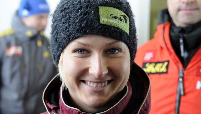 Elīzai Tīrumai 13.vieta Pasaules kausa posma kamaniņās sieviešu sacensībās