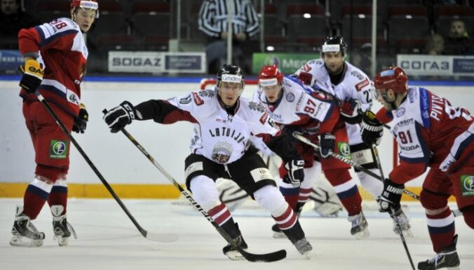 Латвия в серии буллитов уступила России-2